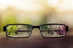 Ухудшение зрения - симптом сахарного диабета